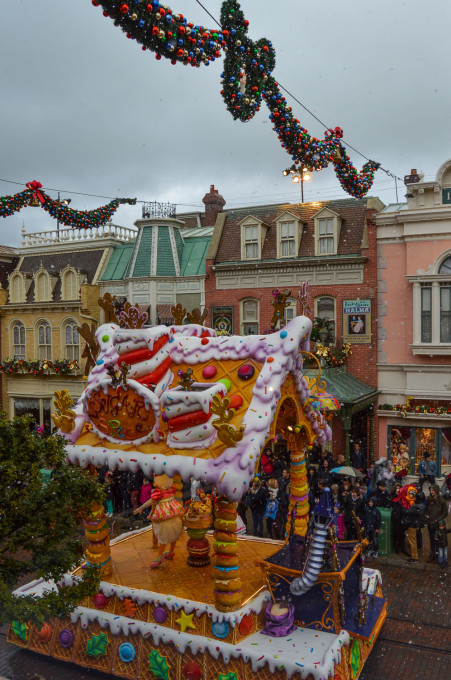 Sugar and Spice Disney Christmas Float
