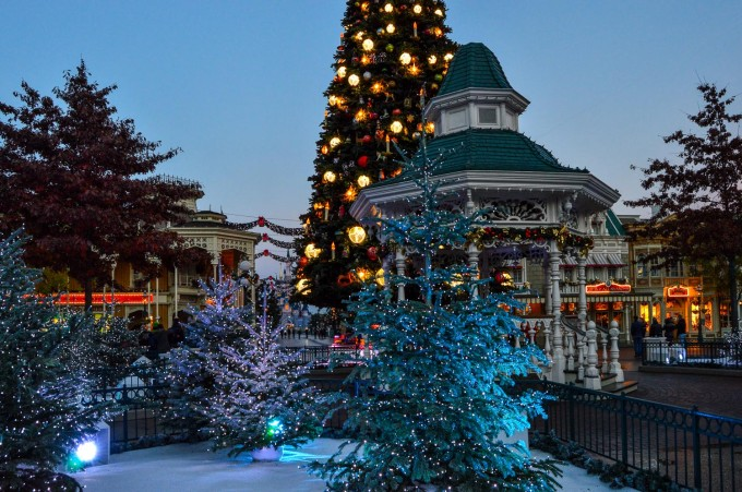 disneyland_paris_christmas_decorations5