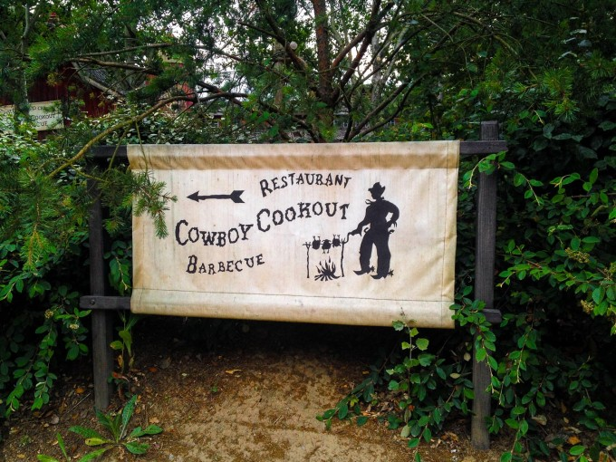Cowboy Cookout Sign