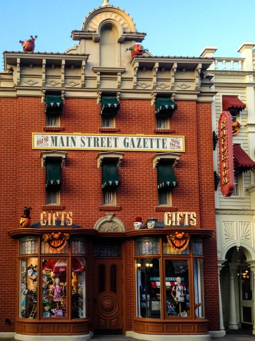 Main Street Gazette during Halloween at Disneyland Paris