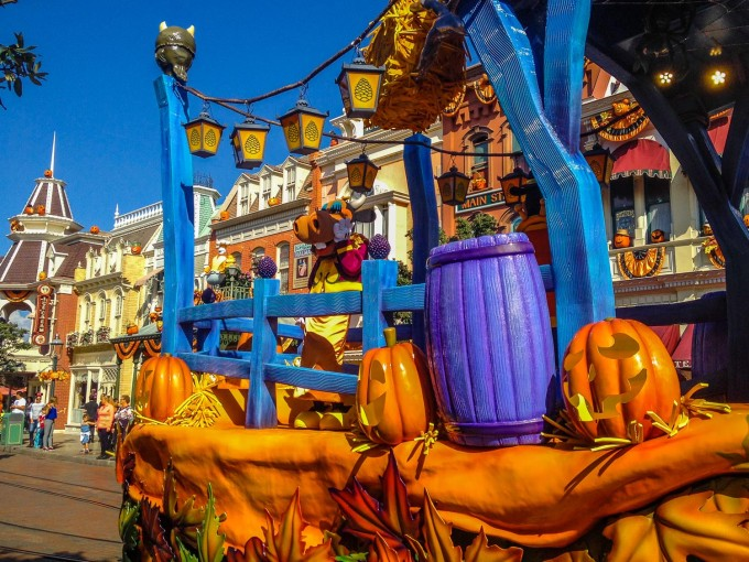 Raise the Rafters Float in Mickey's Halloween Celebration